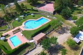 El Bergueda bovenaanzicht zwembad