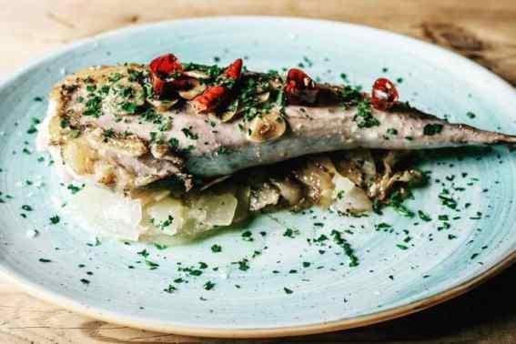 Restaurant En Ville Barcelona gerecht met vis