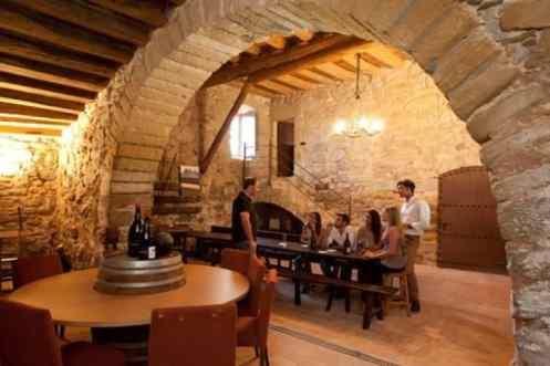 Wijnproeven in restaurant