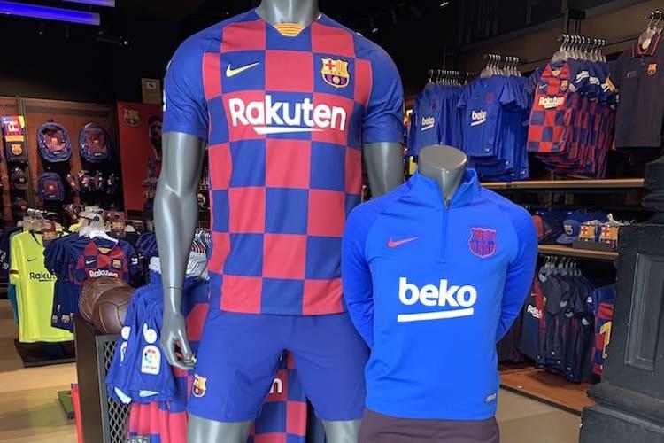 Nieuw-FC-Barcelona-Shirt