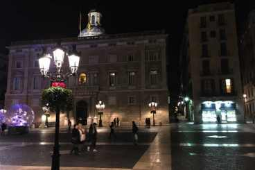 Plaça Sant Jaume in de avond