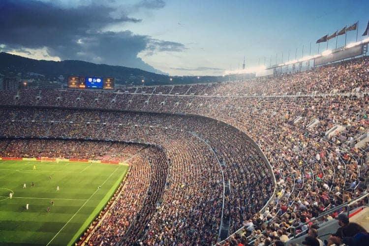 Camp Nou tijdens voetbalwedstrijd FC Barcelona