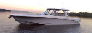 Boston Whaler 380 Realm murata apribile