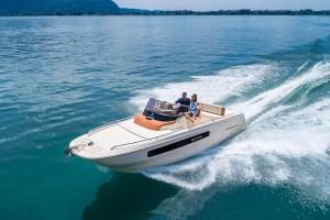 INVICTUS 250CX barche a motore 4