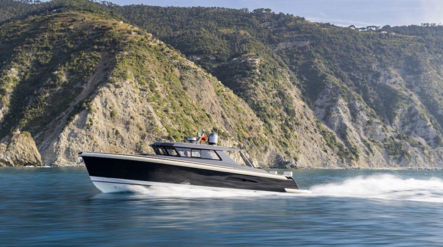 powerboats maxi dolphin