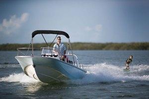 fishing-BostonWhaler-Barche a motore