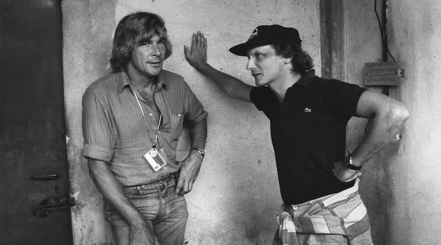 Niki Lauda (a destra) con James Hunt