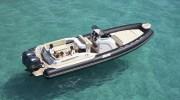 Joker Boats Clubman 30: un gommone grande in mare, piccolo a terra