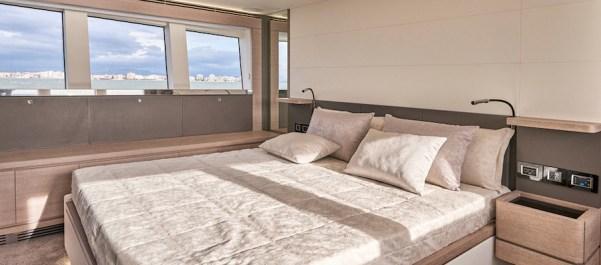 Astondoa 66 Flybridge master cabin