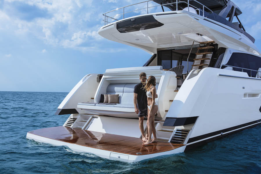 FY720 floating platform Ferretti 720