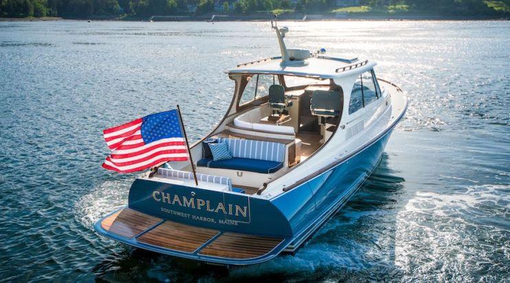 PB 40 Hinckley Yacht