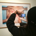 Gallery visitor inserting herself into the artwork of @RenHang330
