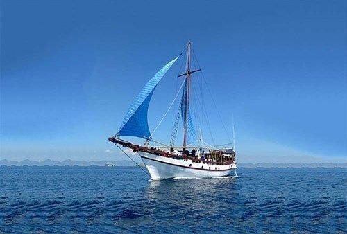 +Schooner +Komodo +Yacht +Phinisi