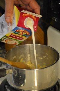 Adding the cream_small