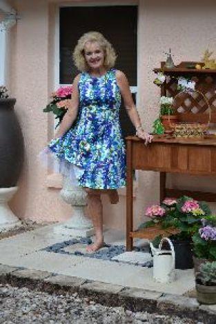 Im wearing a petticoat_small