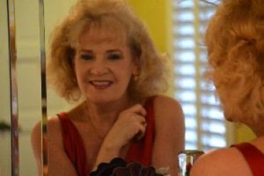 Julie Valentine 2_small