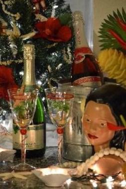 barefoot champagne Kalikimaka_small