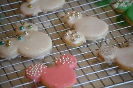 let frosting drip off cookies_small