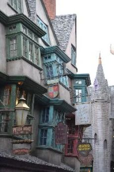 Diagon Alley 2_small