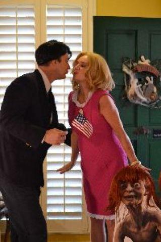 Gordon and Julie door kiss_small
