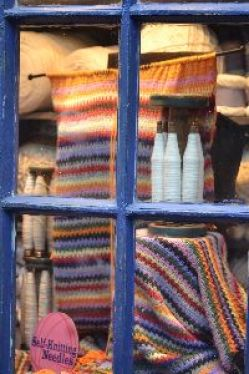 The knitting hooks_small