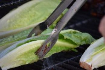 grilling romaine lettuce_small