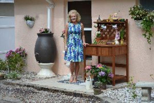 Julies potting bench_small