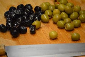 look at these beautiful olives_small