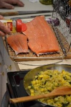 lemon pepper on the salmon_small