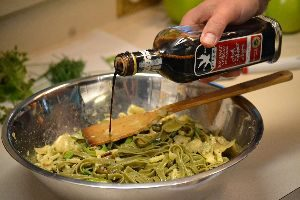 adding some balsamic vinegar to the pastas_small