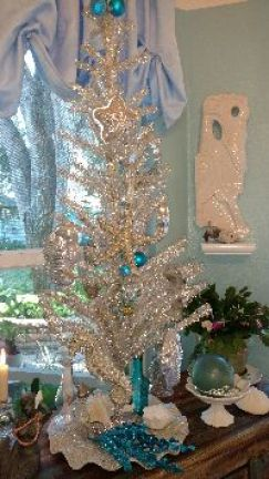 Christmas tree in the nook_small