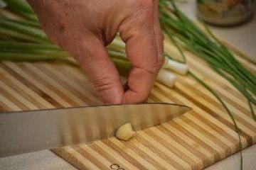 chop-garlic_small