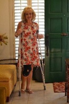 crutches julie_small