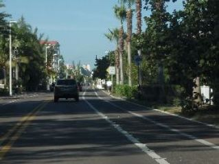 driving-to-the-condo-on-gulf-blvd_small
