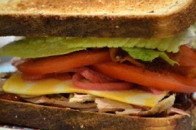 bacon turkey sandwich 2_small
