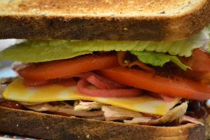 bacon-turkey-sandwich-2_small