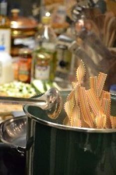 8 autumn pasta in the pot to boil_small