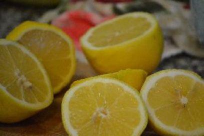 lots of lemons_small