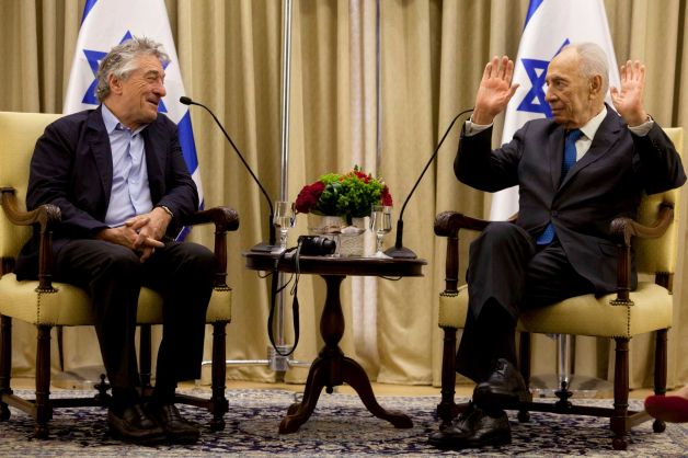 Robert DeNiro, Left, Israeli President Shimon Peres, Right