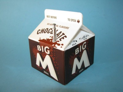 big-m-chocolate-milk-carton-1980s-transistor-radio_290560699828-e1377288628384