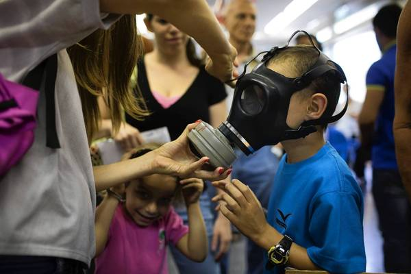 Israel prepares for Syrian attack by making sure all citizens have gas masks