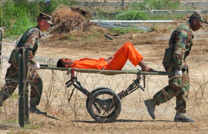 Comfortable prisoner transport
