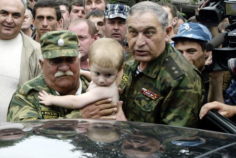 beslan-school-hostage-crisis-masscare-2004-3