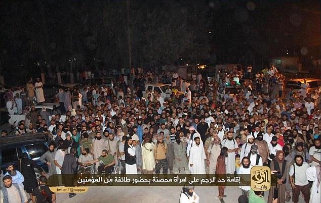 1407686512554_wps_4_ISIS_STONING_HALAJABER
