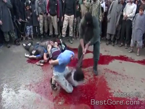 man-beheading-scimitar-in-middle-east