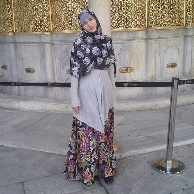 Diana Ramazanova in proper Islamic attire
