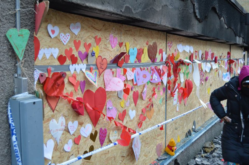 Swedish leftists and Muslim sympathizers plastered a moque with hearts to denounce what they thought was an anti-Islam Christmas Day arson attack on mosque