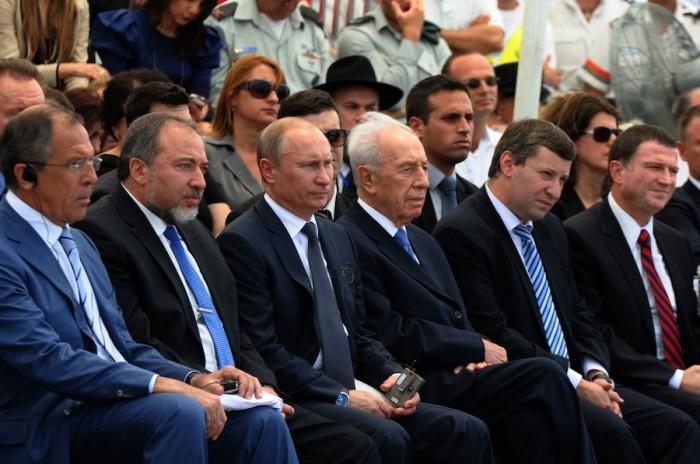 La delegación rusa se reunió con sus homólogos israelíes en Netanya, Israel para honrar a los soldados judíos que sirvieron en el Ejército Rojo durante la Segunda Guerra Mundial