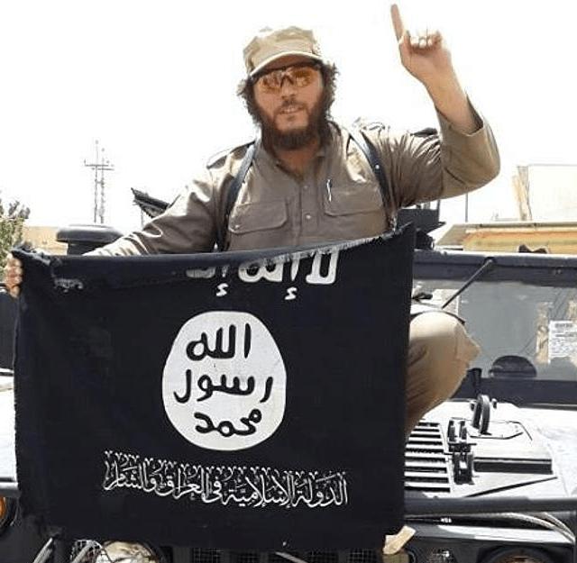 Australia Khaled Sharrouf con la bandera ISIS