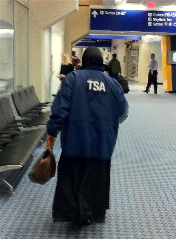 TSA Agent in full Muslim garb